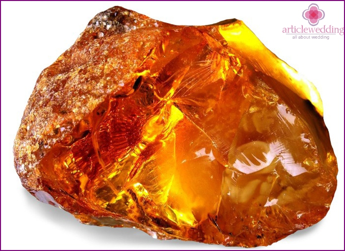 Amber symbol of the holiday - the amulet from troubles