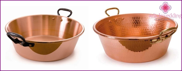 Copper basin - a gift worth spouses