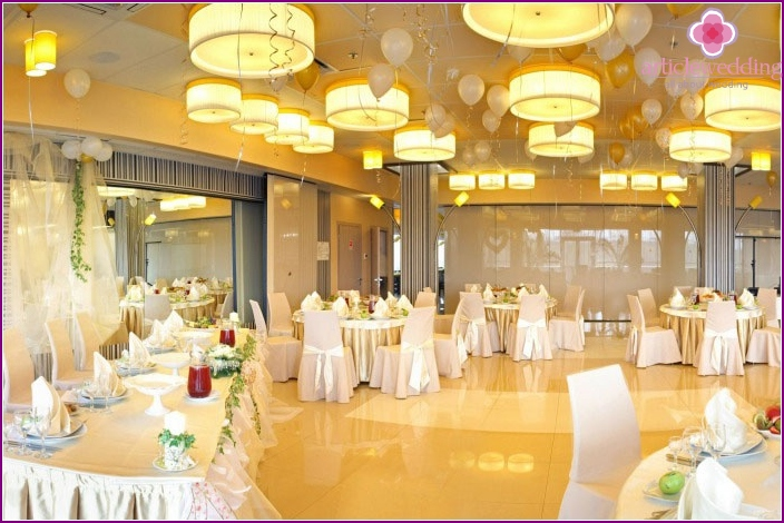 Banquet hall for zinc anniversary