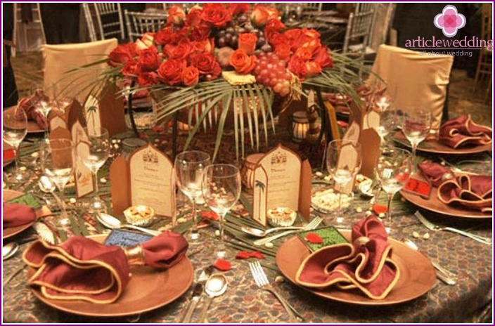 Decoration of the restaurant for the banquet: Copper Wedding