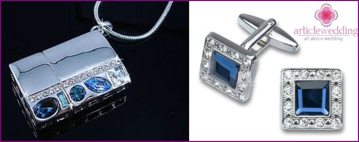 Gifts on a sapphire wedding husband