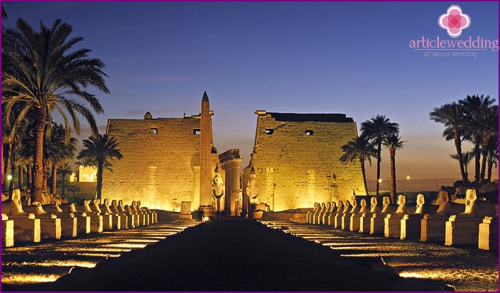 Luxor for the wedding ceremony