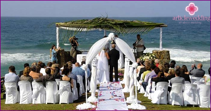 Wedding on the African beach