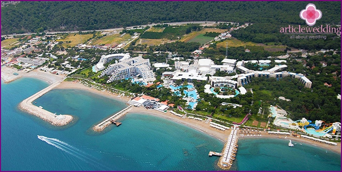Kemer for weddings