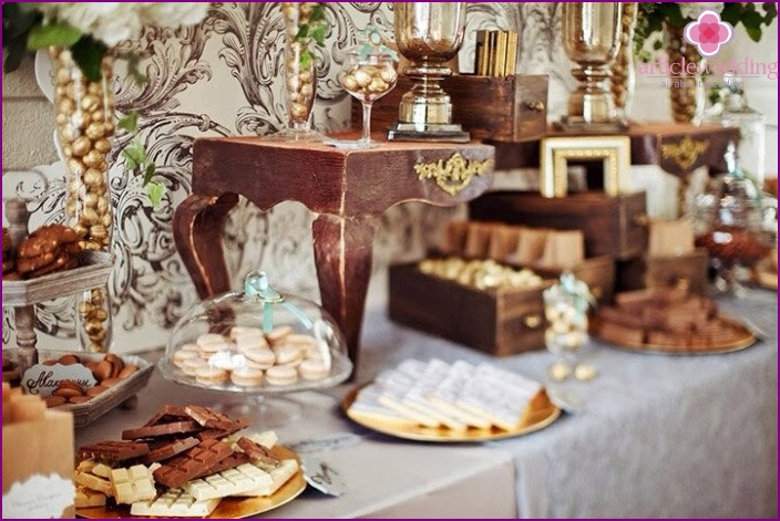 Making wedding with wooden elements