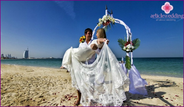 Wedding on the beach in Dubai