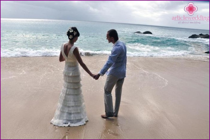 Seychelles symbolic wedding on La Digue