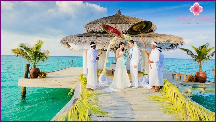 Beautiful Maldivian wedding