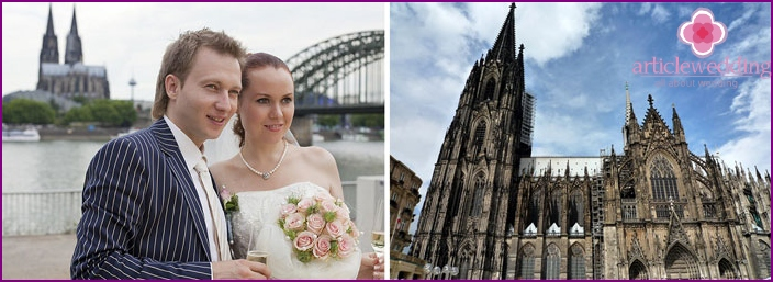 Wedding in the city of Cologne locks
