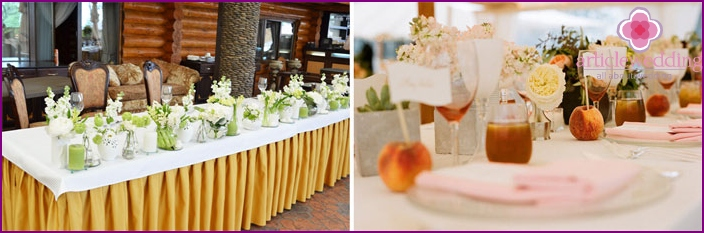The decor of the banquet hall wedding fruit