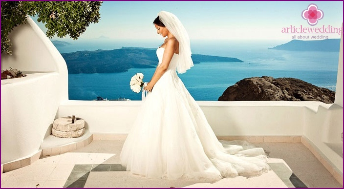 Wedding on the beautiful Greek island of Crete