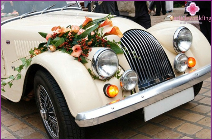 Brown car for wedding