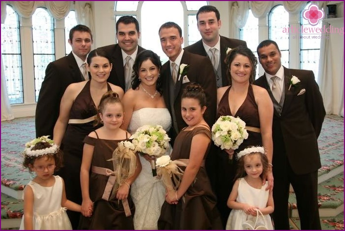 Costumes bridesmaids and wedding guests ivory