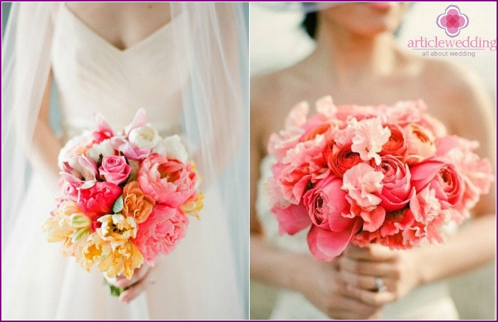 Delicate bouquet in coral tones