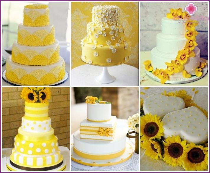 Dessert in sunny colors