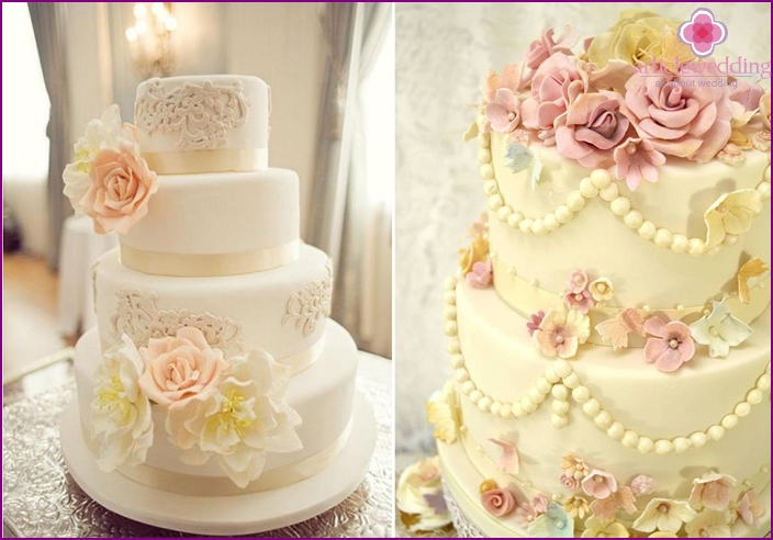 Wedding cake in vintage style
