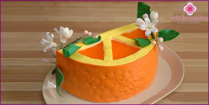 Cake in the form of half an orange