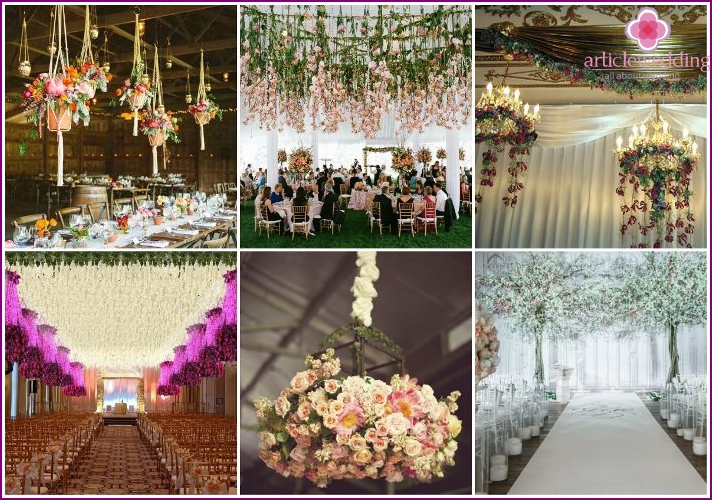 Flowers - a common ceiling decoration of the wedding hall