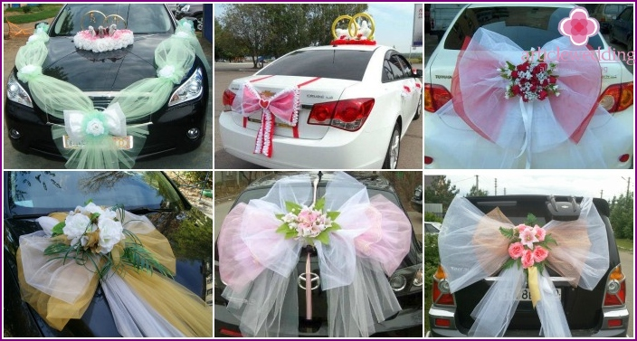 Decorating cars bride and groom bows