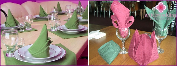Figures from napkins for wedding table