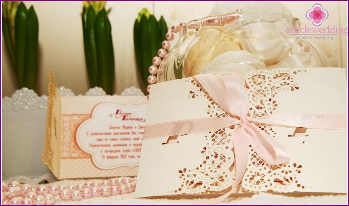 Delicate design invitations