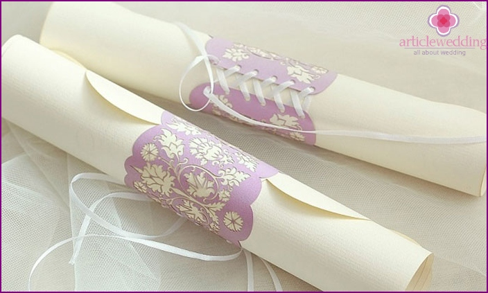 Invitation-scroll at a bachelorette party
