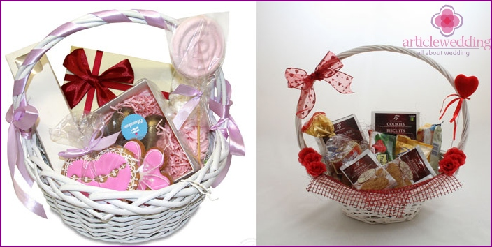 Baskets with sweets