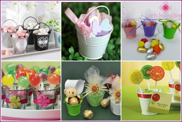 Bonbonniere - buckets with sweets