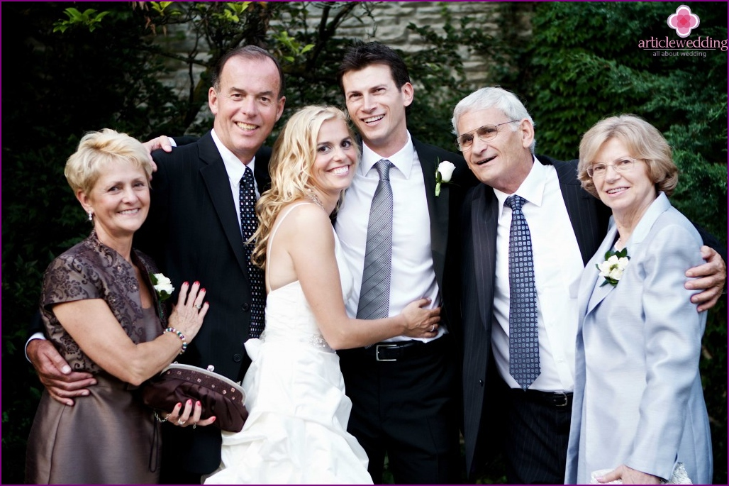 The presence of the parents at the wedding - is a gift