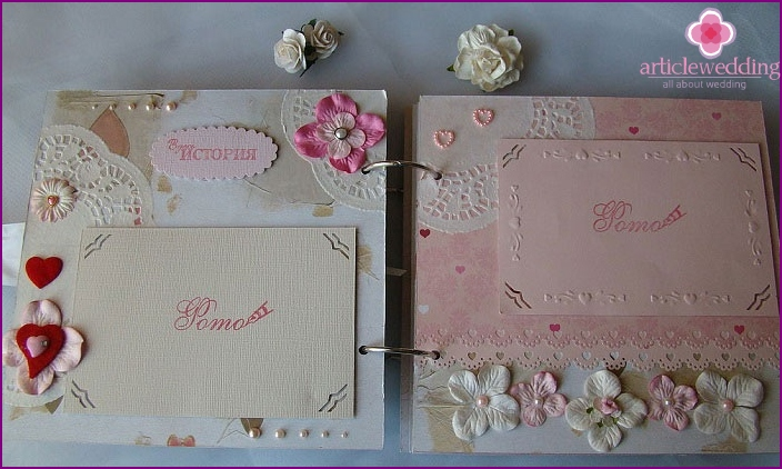 Scrapbooking: wedding album pastel