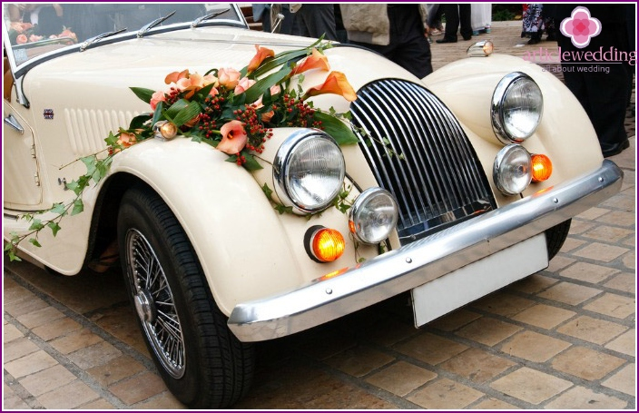 Exquisite décor car during the wedding