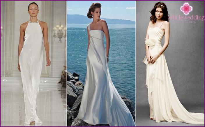 Long dress with a train for a beach wedding
