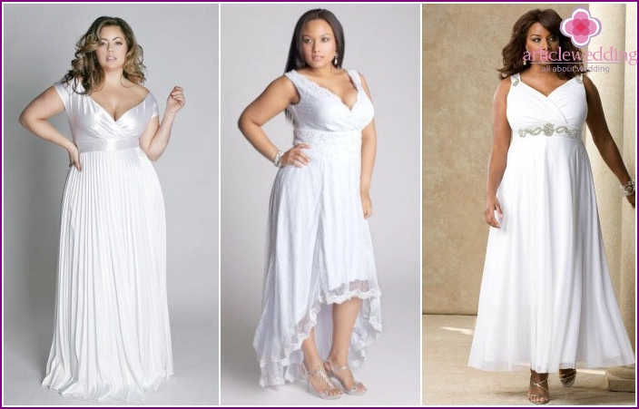 """Attire in """"Empire"""" style complete the newlyweds"""