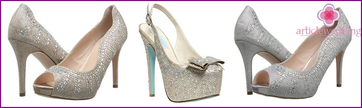 Wedding shoes for the bride low