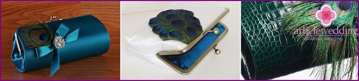 Blue-green clutches
