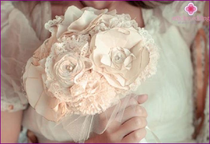 Bouquet understudy