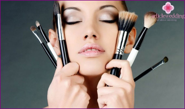 A set of brushes for makeup wedding