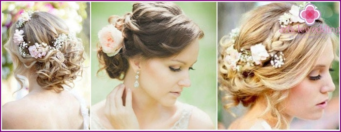 Photo: Hair in the Greek style with fresh flowers