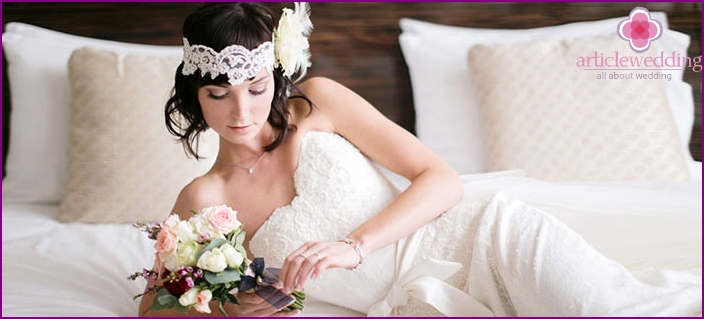 Bridal styling in the style of the 30's