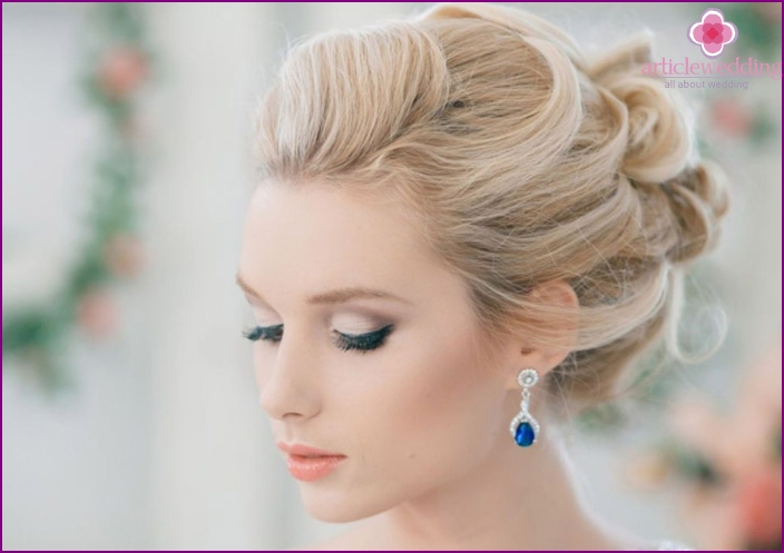 Beautiful styling - an integral part of the image of the bride