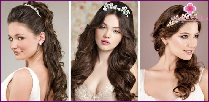 Wedding hairstyle with curls in the Greek style