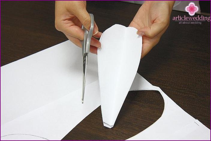 Как сделать лепесток своими руками 632