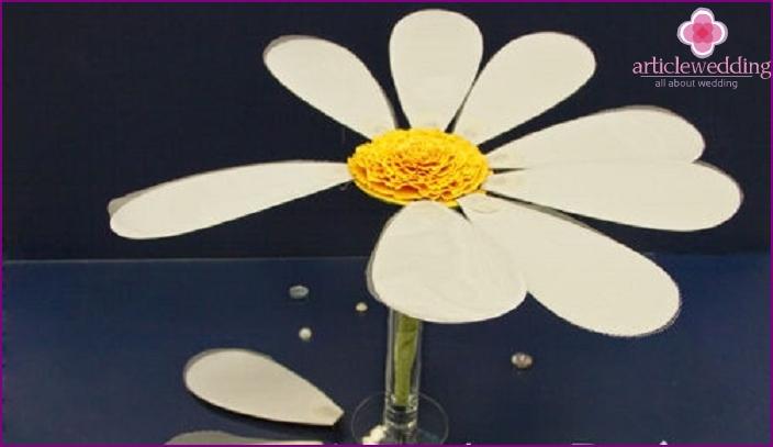 Golden wedding contest - daisy