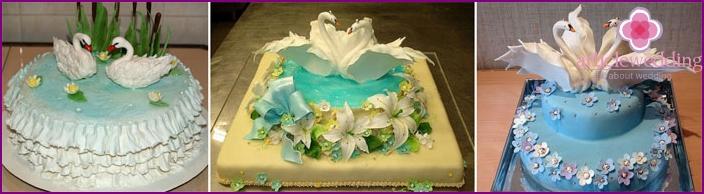 Romantic decoration for the wedding cake