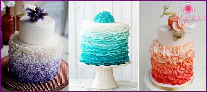 Wedding cakes with ruffles