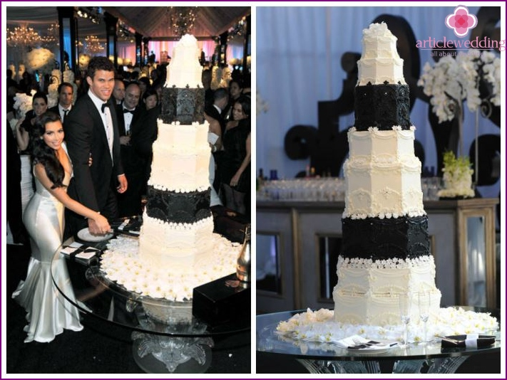 Black and white wedding cake Kardashian and Kris Hamfisa