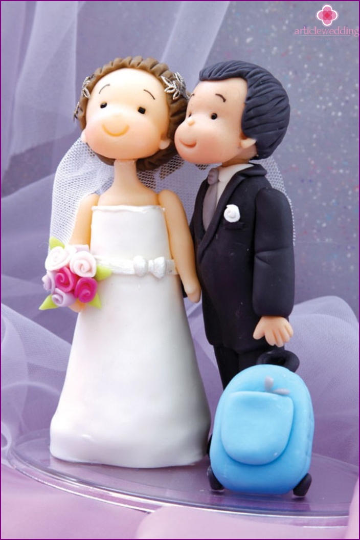 Love for the cake figurines of