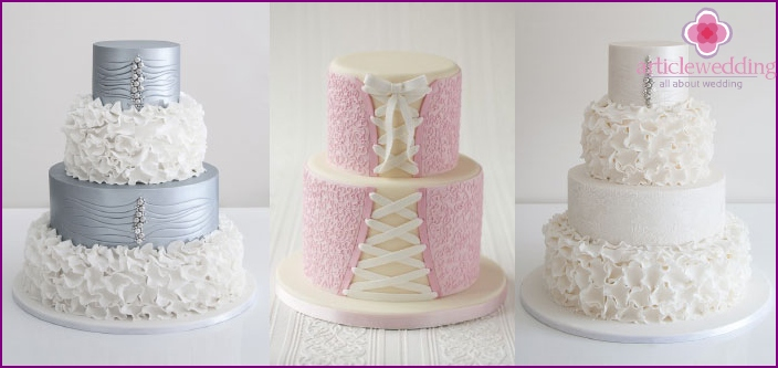 Three-tiered cake with effect lace trim