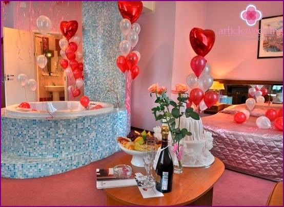Decorated Room Suite