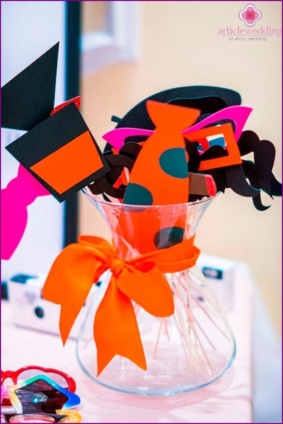 Bright orange wedding details